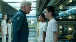 Le colonel Graff (Harrison Ford) et Ender Wiggins (Asa Butterfield)